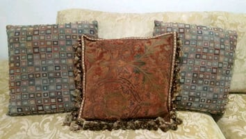 PILLOWS FOR DECORATION FOR COUCH/SOFA/CHAIRS VERY