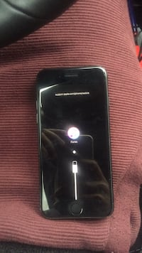 iPhone 7 matte black Toronto, M1P 4M9