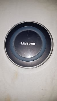 Samsung wireless charger  Brampton, L6R 1N8