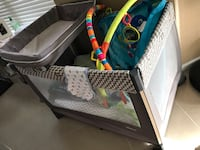 Chico baby play yard  with changing table and bassinet Oldsmar, 34677