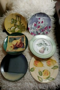 Assorted Hand Painted Plates 586 mi