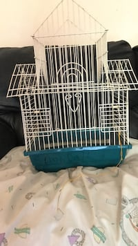 Blue and white pet cage Dartmouth, B3A 2E6
