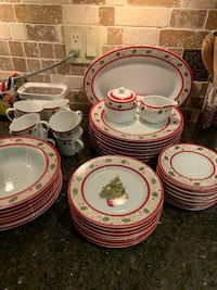 Christmas Dishes Whitby, L1M 1E4