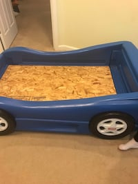 toddler's blue Little Tikes car bed frame Germantown, 20874