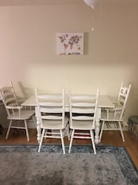 Rectangular white kitchen table + 4 chairs West Hollywood, 90046