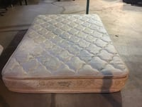Quilted white and blue floral mattress Edmonton, T5T 6X4