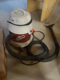 white and black Shop Vac wet and dry vacuum cleaner