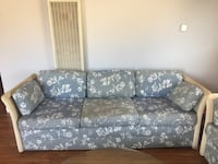 Twin Gray-blue and white floral 3-seat sofa Long Beach, 90806