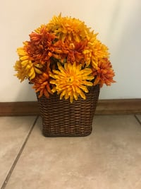 Colorful floral/basket .   13 inches tall  Spring Hill, 34609