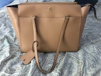 $250 Tory Burch Robinson Large Tote in Cardamom $100 OFF RETAIL Charlotte, 28217