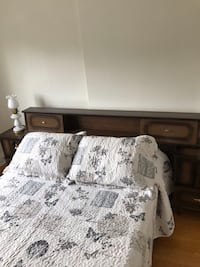 Double bed  Toronto, M5A 0R1