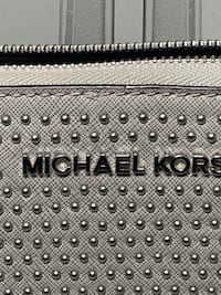 MK Wallet Authhentic Burke, 22015