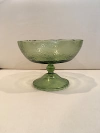 Green crystal Bowl , home deocor  Las Vegas, 89106