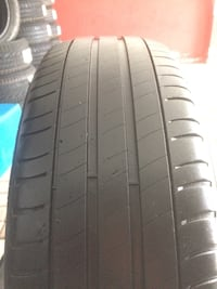 215/65R17 michelin 2 ad