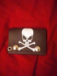 black leather skull print pouch Oregon House, 95962