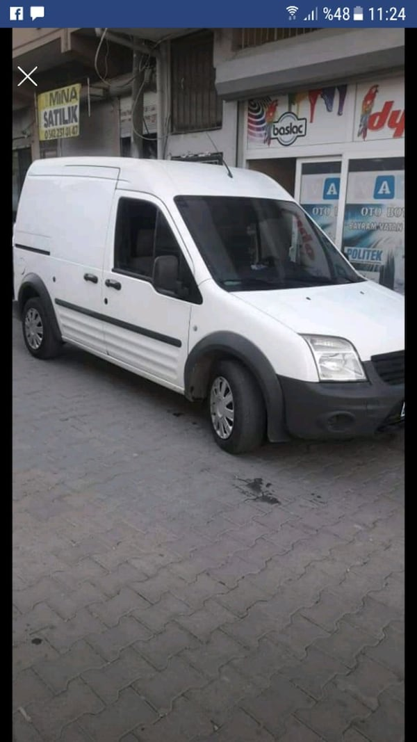 2010 - Ford - Transit Connect 3