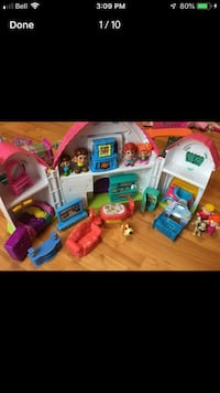 Various toys mostly Polly pockets and Little pets  Mississauga, L5E 3K5