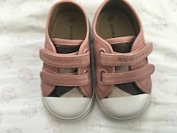 AUTHENTIC BURBERRY BABY SHOES SZ 21 eur sz 5 us $80 FIRM Edmonton, T5T 7B9