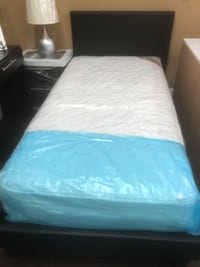 Twin Platform Bed And Mattress  Hialeah, 33014