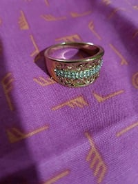 Gold plated women's ring size 9 Toronto, M6H 2X6