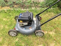 Gas lawn mower - good condition ! Toronto, M1W 3H8