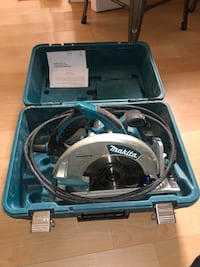 Makita circular saw with hard case. Virginia Beach, 23451