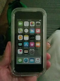 Ipod touch 128gb Los Angeles, 91345