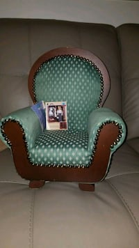 Doll chair, for American girl dollsgreen and white Louisville, 40213