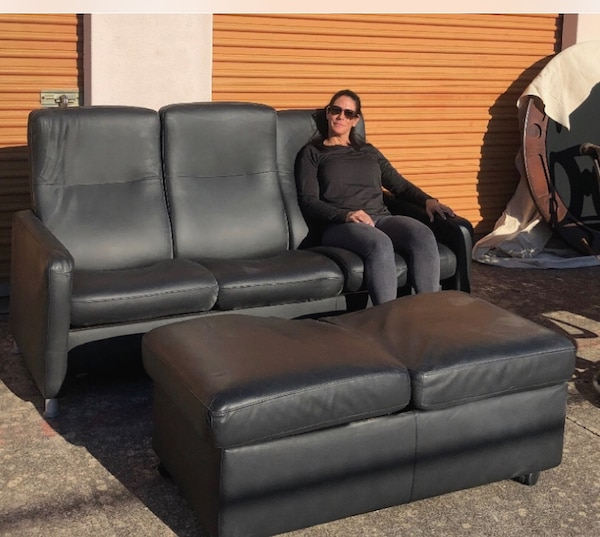 Used Black Leather Cantoni Couch With