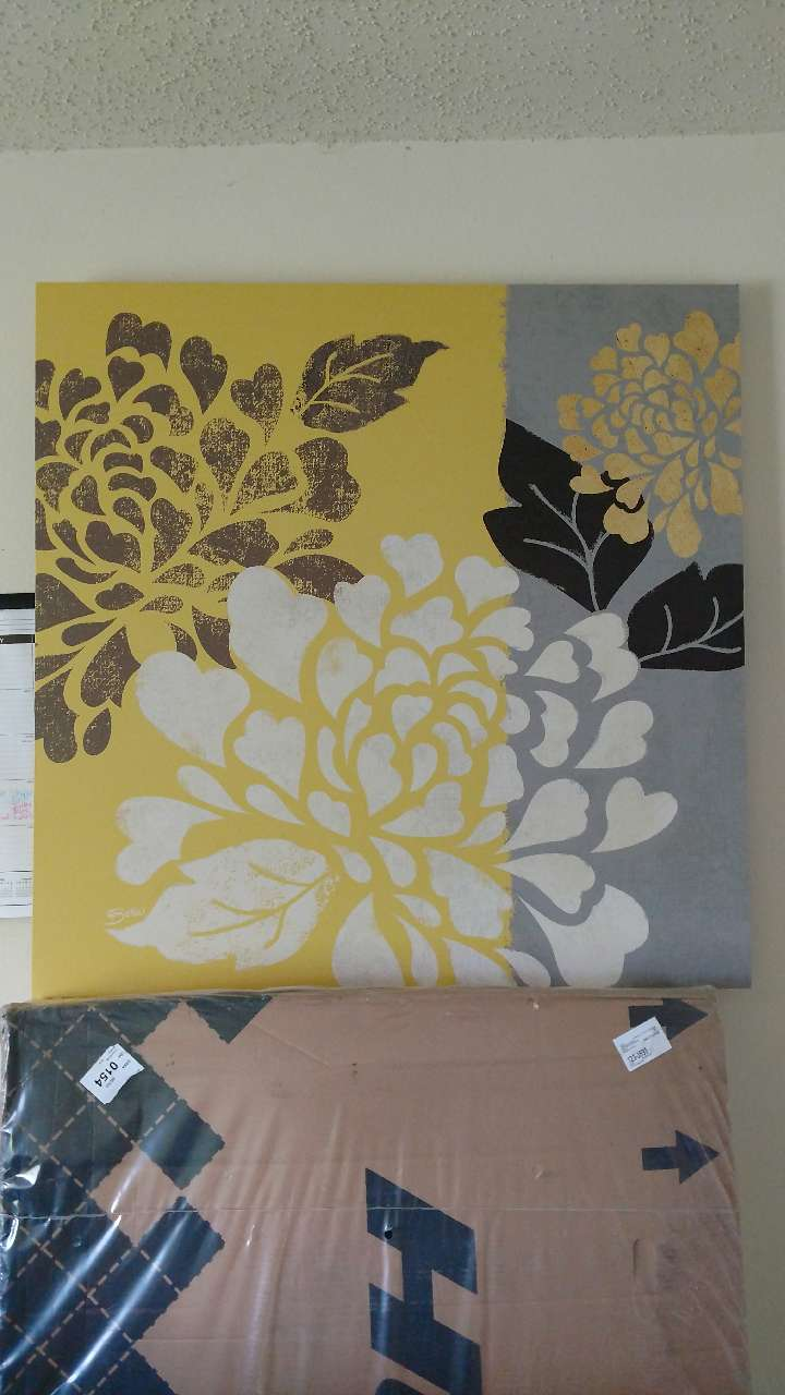 Yellow Black And Gray Wall Decor : Letgo yellow gray black and w in university of nc