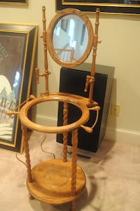 Antique wash basin stand CHEVYCHASE