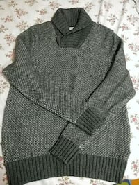 Wool sweater Brampton, L6S 2C3