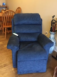 Recliner Chair Electric Lift Parry Sound