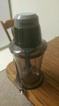Blender used only about a month works great but  Menasha, 54952