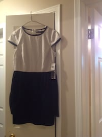 Kenzie fit and flare dress - size 6, new with tags
