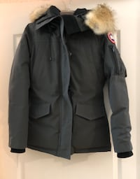 Women's Canada Goose jacket  Richmond Hill