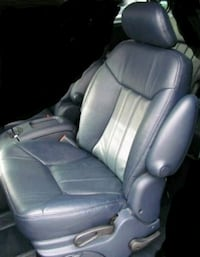 2003 Chrysler Town & Country Columbia