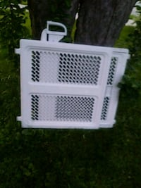 Baby gates. 2 paiers for 40 or 25 each Toronto, M3A 2R8