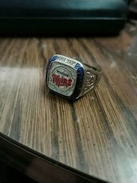 World series 1991 champions ring