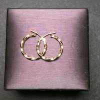 10k Gold twist small hoop earrings