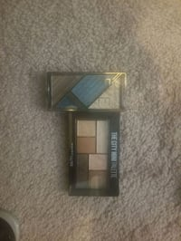 Eye shadow never used 7 each or both for 10 Houston, 77024