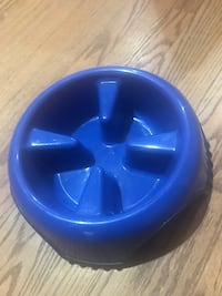 Large Slow feeder dog bowl (New) Townsend, 19734