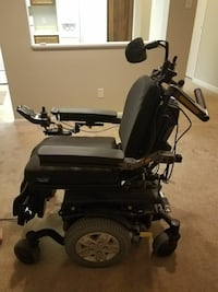 Like New Motorized Chair Aurora, 80014