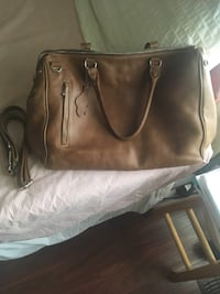 Classic Roots Leather Shoulder Bag