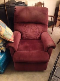Power lift recliner Toronto, M1T 2N1