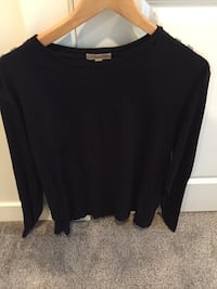 Authentic Burberry long sleeve!!
