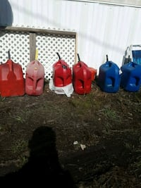 5 gallon gas cans Southport, 32409