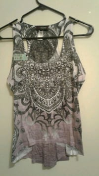 women's gray and white floral sleeveless top Calgary, T3B 0T3