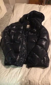 Mens Moncler Puffer Jacket Size 5