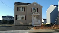 HOUSE For sale 3BR 1.5BA Fall River